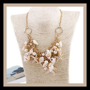 Jewelry - Seashells & Starfish Necklace